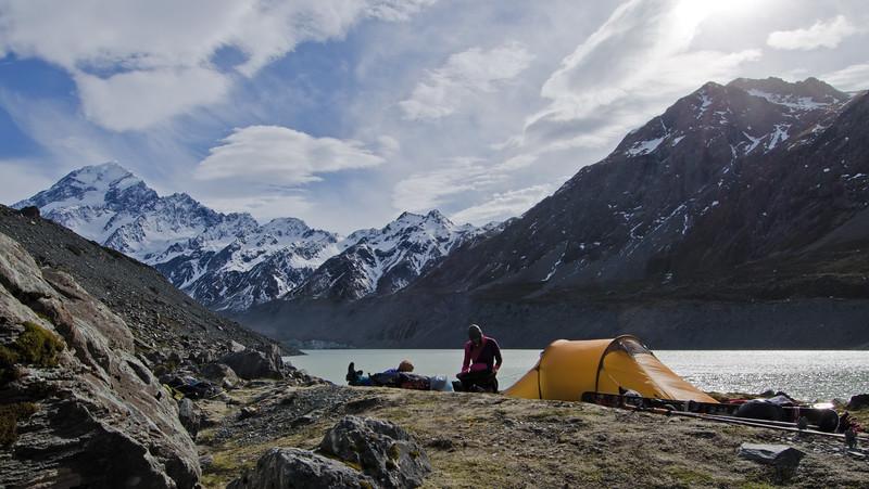 Camping beside Lake Hooker, Aoraki Mt Cook National Park