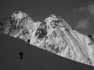 Ski_touring_Rogers__Pass_MPiche