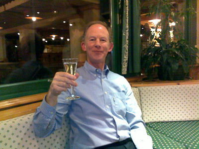 DCW's first dry martini at the hotel .... it went down well ....