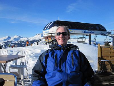 Our first day on the slopes was a sunny one - we had three sunny days out of 4 - they coincided with the first 3 sunny days of the season in the region, we were told