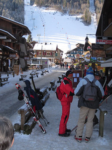 View up one of the side streets in Morzine (2 mins from the ski hire shop) up to the base station of the first lift