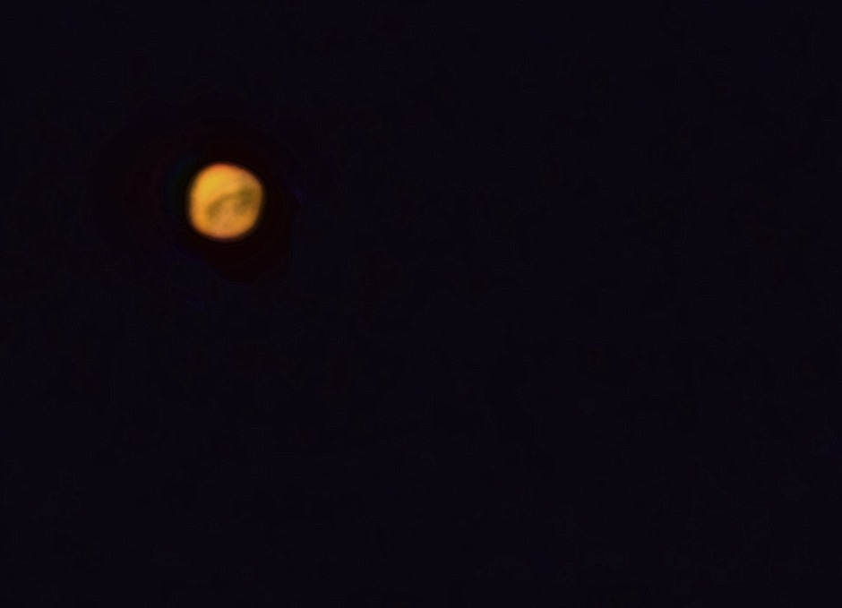 Mars 11.4. cca 3:30, Bresser Skylux 700/70, okulár 12mm, Kodak Z1085IS afokálně