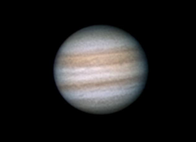 Jupiter 2.8.2012 cca. 4:05 SELČ - Skywatcher 130/650, okulár SW UWA 4mm, Kodak Z1085IS afokálně