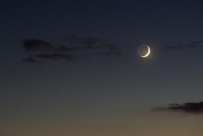 Saturn a Měsíc
