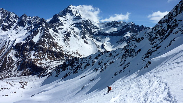 The mighty Grand Combin 4314m and Valsorey Hut in the distance...