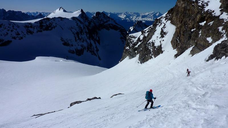 Rattling descent onto the Glacier du Sonadon 3500m (I'm sure it was steeper in real life!?!)
