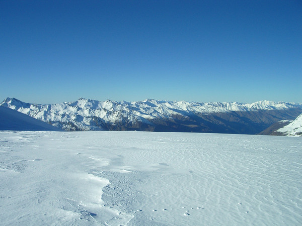 Totally unspoilt snow at the top of the glacier.
