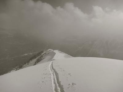 1_12_13_skiing