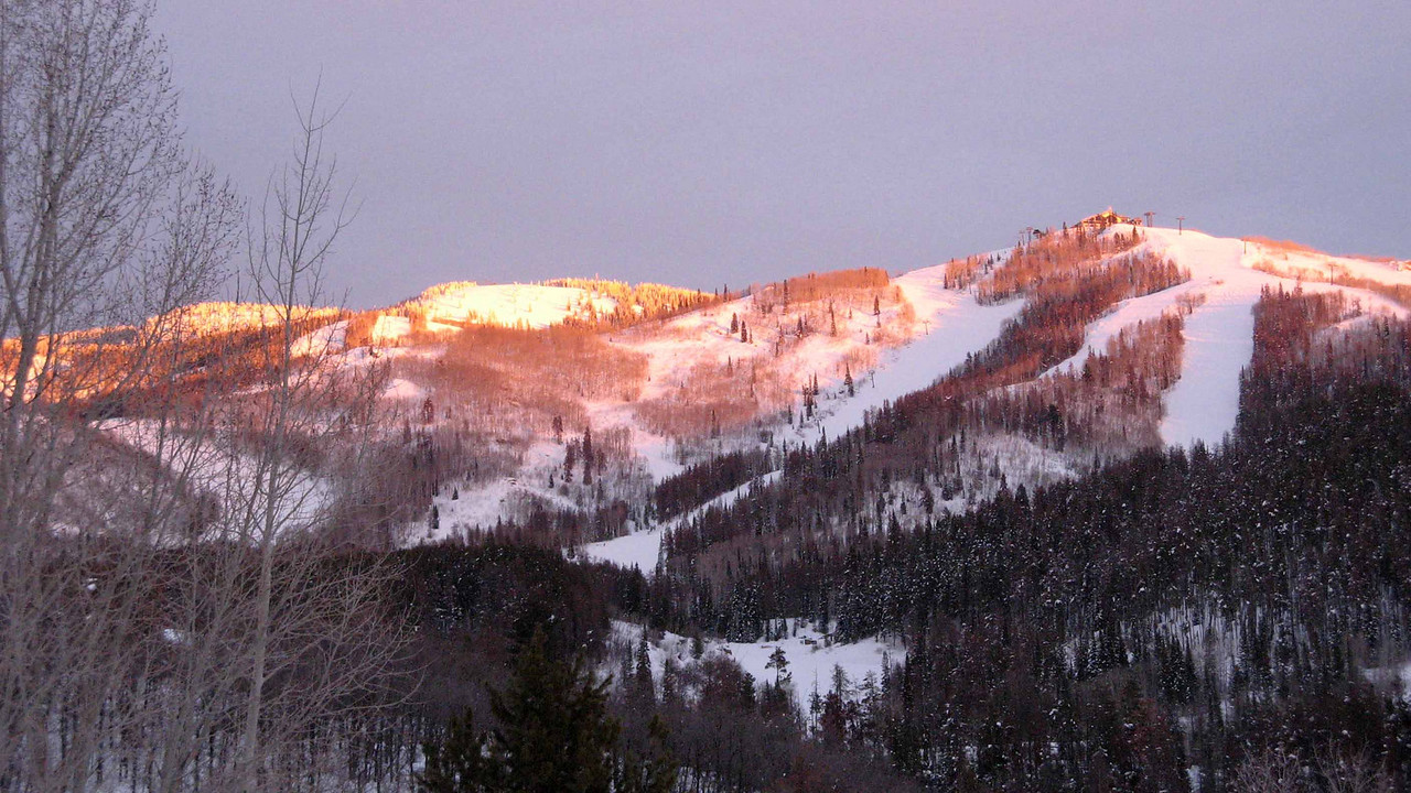 191 Sun setting on Mount Werner