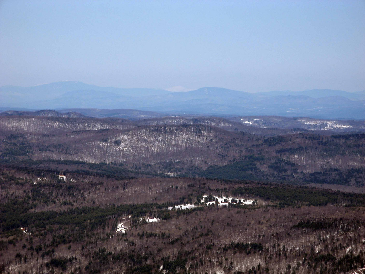 50a Enhancing, sure looks like Mt Washington 90 miles distant