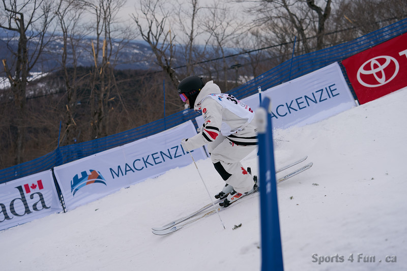 2020-01-25 10 32 091894-worldcup freestyle tremblant