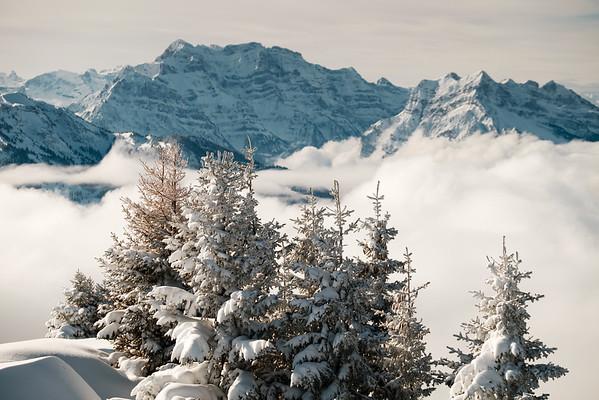 Winter makes everything look grand -- Glärnisch from Gulme
