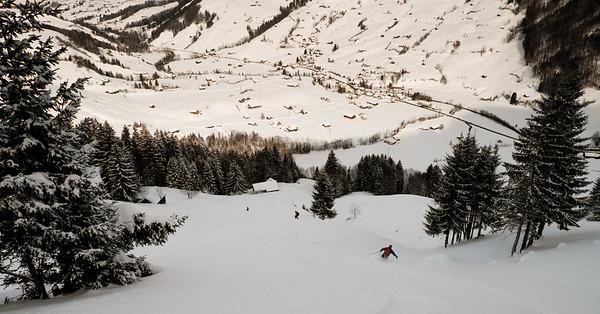 Descent toward Stein
