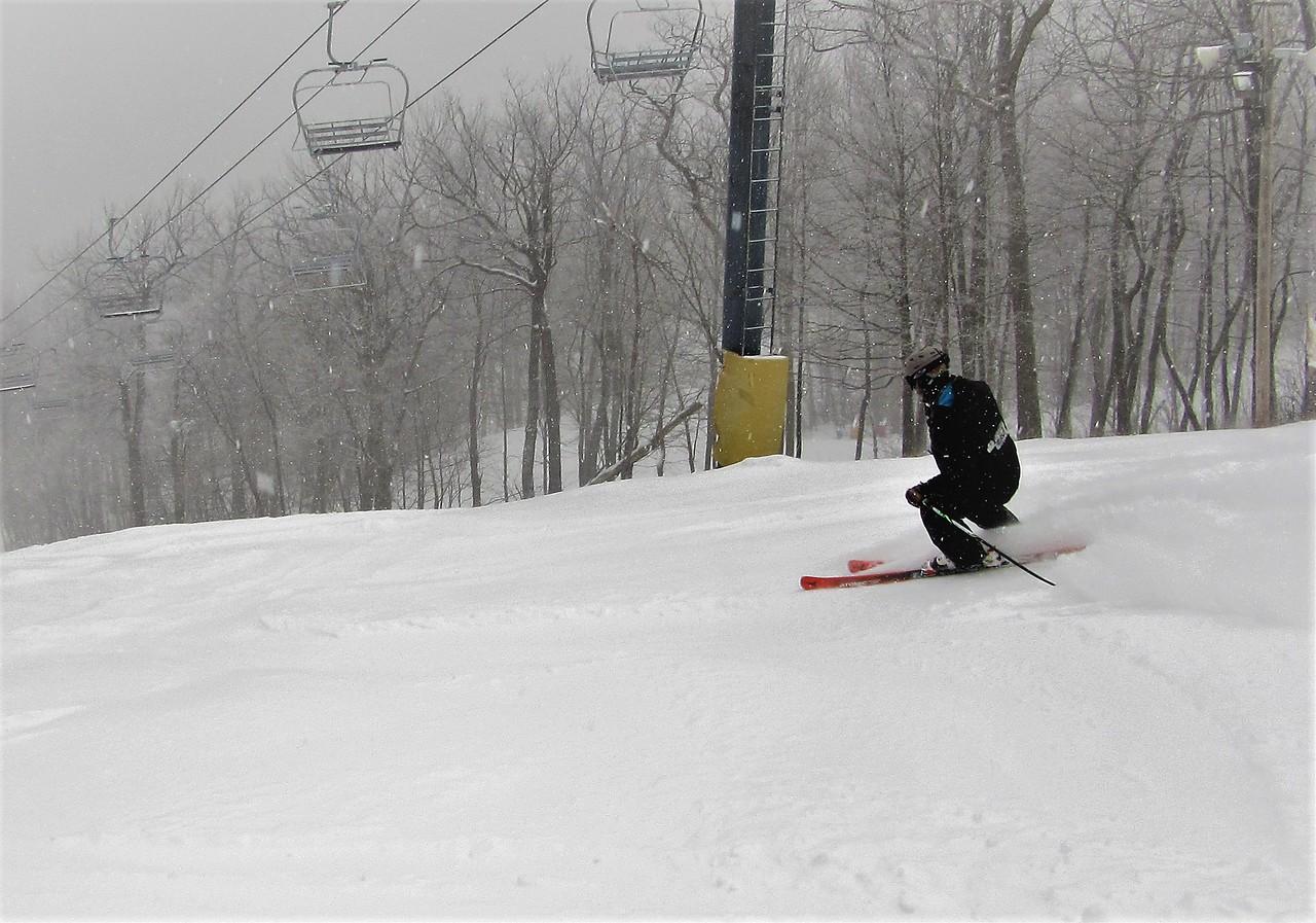 Expressway was a blast to ski today. I found powder stash after powder stash as the day wore on.