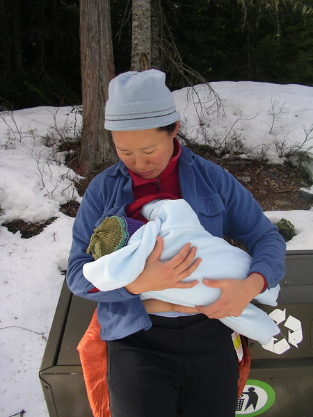 What a cool mom Kim is, out in the snow, breast feeding and everything.