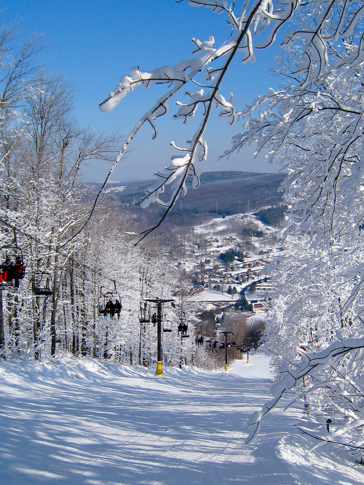 North America, USA, New York State, Cortland County, Virgil, Greek Peak Mountain <br /> Resort