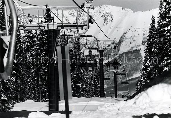 2005-01-115: Sunshine Express - Telluride's high speed, 2 mile long quad lift