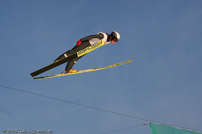Female junior jumper in Holmenkollen, Oslo