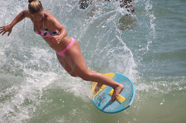 2015 Florida Pro/Am Skimboard Practicing Session #2 at Vilano Beach, FL on Sat - 08/22/2015 from 12:38-1:09pm