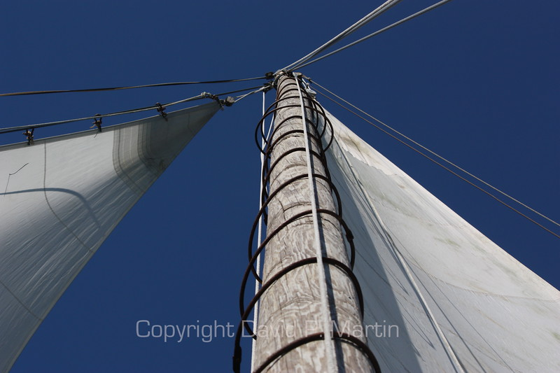 The jib, the mast, and the mainsail of the Somerset.