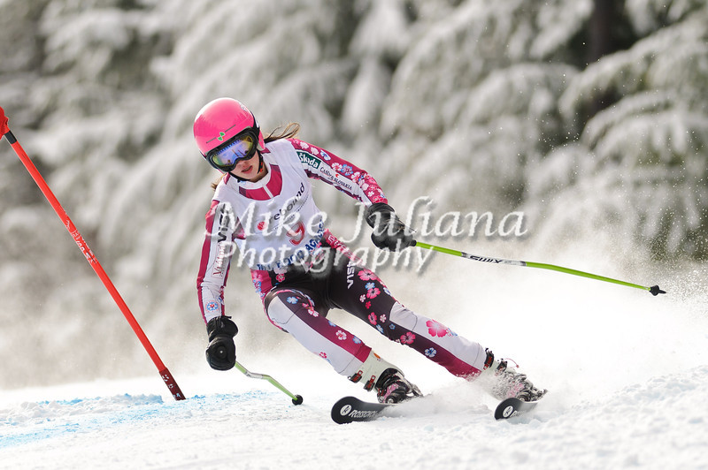 J3 PNSA racers compete at the J3 Junior Olympic Qualifier at Skibowl on Mt. Hood.