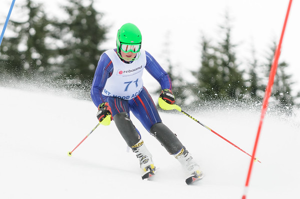 PNSA U16 racers compete at the 2013 U16 Qualifier at Skibowl, OR.