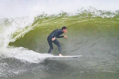 20210822-Surfing Hurricane Henri 8-22-21Z62_8754