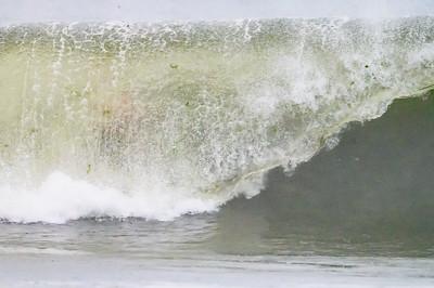 20210822-Surfing Hurricane Henri 8-22-21Z62_8750