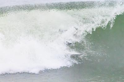 20210822-Surfing Hurricane Henri 8-22-21Z62_8774