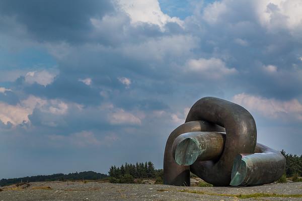 Alexander L. Kielland-monumentet, Brutt Lenke, ved Smiodden. Kvernevik, i Stavanger kommune