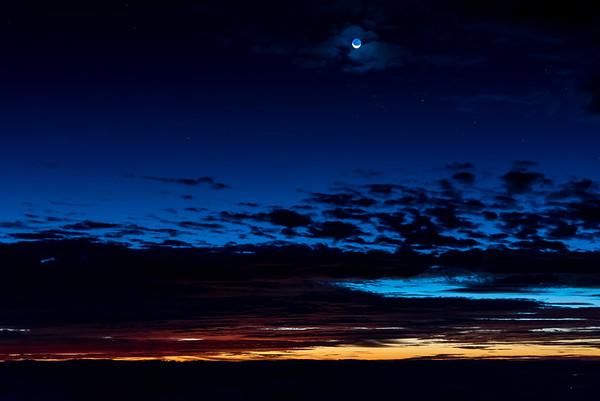 Moonset and Sunrise at Haleakala 4/14