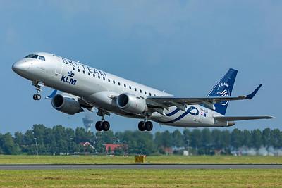 KLM Cityhopper Embraer ERJ-190-100 PH-EZX 7-2-21