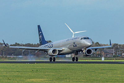 KLM Cityhopper Embraer ERJ-190-100 PH-EZX 11-2-19