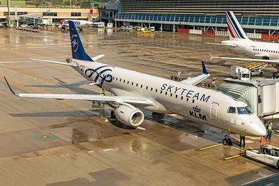 KLM Cityhopper Embraer ERJ-190-100 PH-EZX 10-10-19