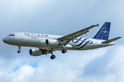 Aeroflot Airbus A320-214 VP-BDK 4-25-18