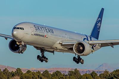 Air France Boeing 777-328(ER) F-GZNE 1-12-18