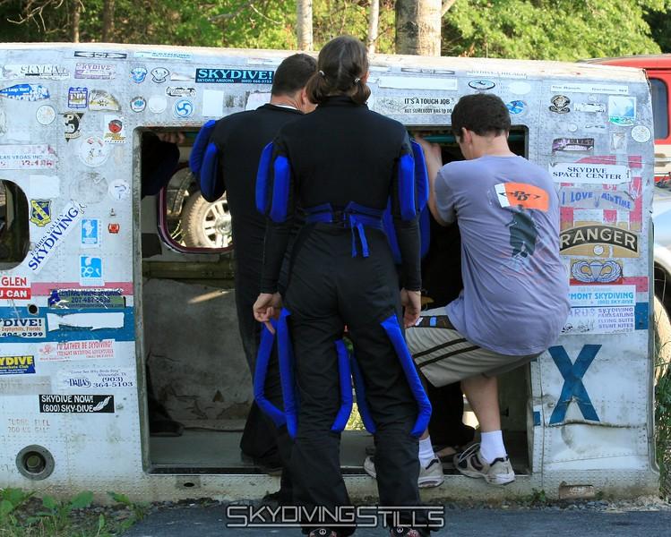 Jim helps Vortex dirt dive their next exit. 6/21/08