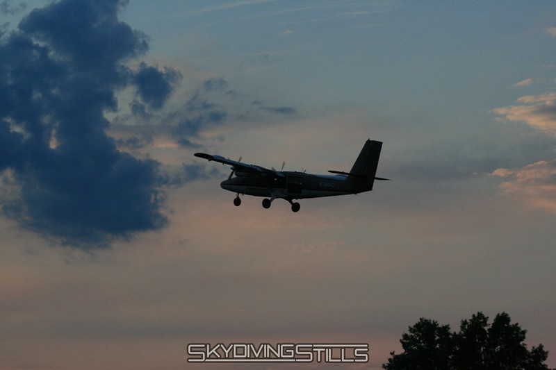 Twin Otter departs. 6/21/08