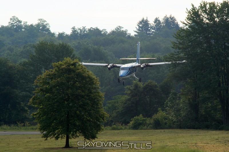 Landing between the trees. 8/10/08