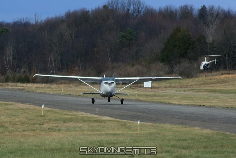 Cessna 206 lifts off. 11/29/08