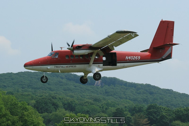 Twin Otter on final. 6/14/08
