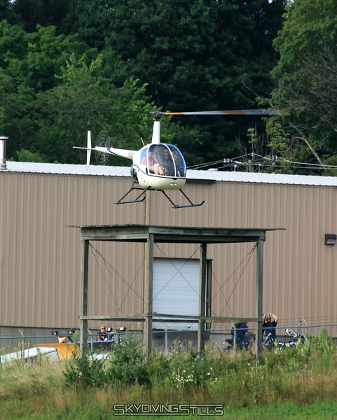 R-22 approaches the platform. 8/1/08