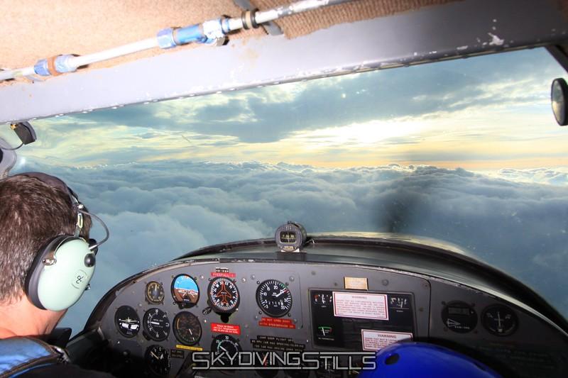 Corey flies us between the layers of clouds. 5/22/09