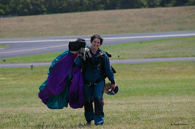 2010-Triangle Skydiving, July 25