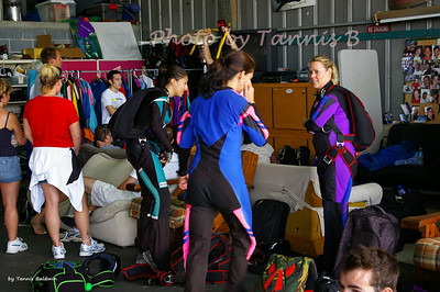 2010-VA Women skydive record