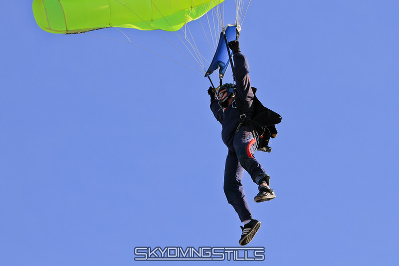 12-24-10_skydive_cpi_0046