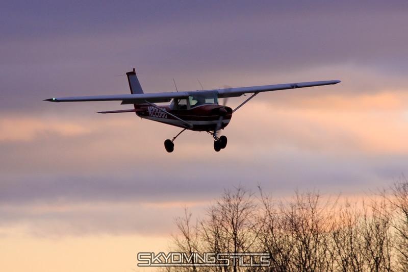 Cessna 152 on final. 2/20/10