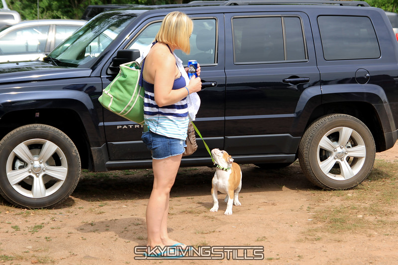 Ariel brings her new puppy Kloe from the car... or at least tries to!