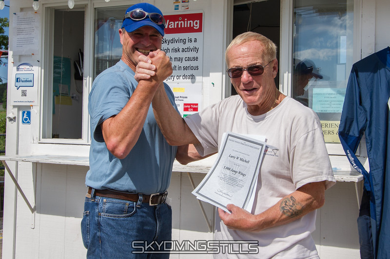 Congrats on your 5000th jump, Larry! Published in Parachutist, November 2013.