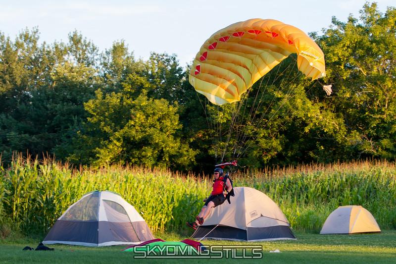 2013-08-10_skydive_cpi_2147